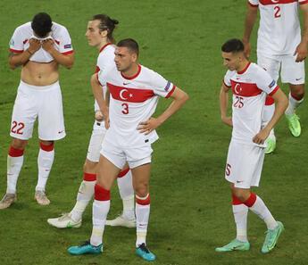 EURO 2020'de 0 puanlı 3 takım içinde en kötüsü Türkiye