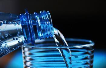Sahurda ezan bitene kadar yemek yenilir mi, su içilir mi?