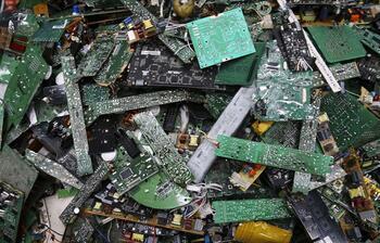 Kullanmadığınız elektronik atıkları çöpe atmayın, bağışlayın