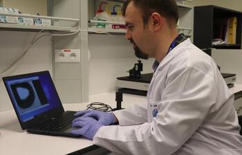 Türk bilim insanları H1N1 virüsünü 5 dakikada tespit eden taşınabilir cihaz geliştirdi