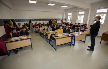 Sınava girecek depremzede öğrencilere telafi eğitimi