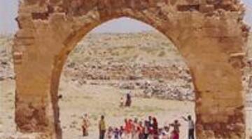 Yüzlerinde hayatın ipuçlarını taşıyan insanların şehri Urfa