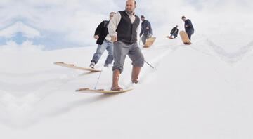 Havuçları hazırlayın uşaklar kardan adam geliyor