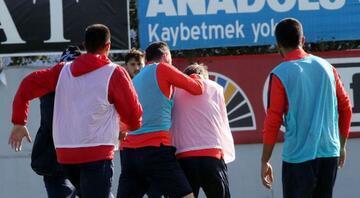Trabzonda kavga Marin tesisleri terk etti