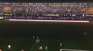 Beşiktaş - Torku Konyaspor maçında elektrikler gitti
