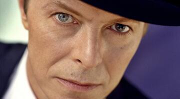 Uzaydan Dünyaya düşmüş bir adam: David Bowie