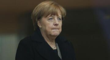 Davutoğlundan Merkele taziye telefonu