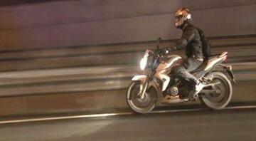 Bidenın konvoyunda motosikletli alarmı