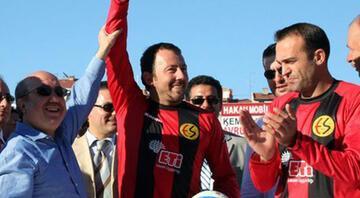 Güneşspordan Başakşehire... Dünden bugüne spor-siyaset ilişkisi