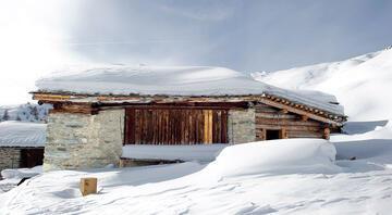 İsviçre dağlarında bir kulübe: Kaçınılmaz bir huzur