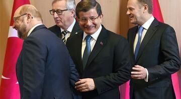 ABnin Türkiye politikasına sert eleştiriler
