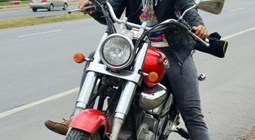 Tek başına Afyondan Nepale motorla giden ilk Türk kadını