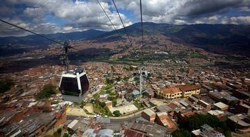 Pablo Escobarın sakin ve huzurlu şehri: Medellin