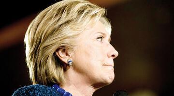 Hillary'ye 'seks skandalı' darbesi