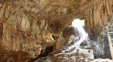 Büyüleyici güzellik: Kaklık Mağarası