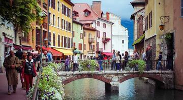 Bir peri masalının içindeymiş gibi: Annecy (Fransa)