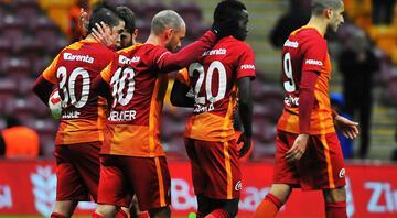 UEFA acı tabloyu açıkladı Fenerbahçe ve Galatasaray...