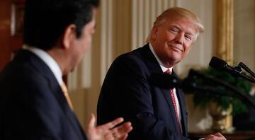 Japon liderle görüşen Trumptan şok hareket