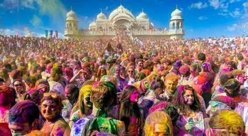 Renklerin festivaline geri sayım : Holi / Hindistan