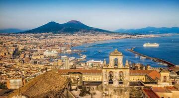 İtalyanın sahil şehri: Napoli
