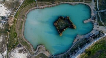 Beyaz cennetin antik havuzunda kaplıca keyfi O şehrimiz turist akınına uğradı...