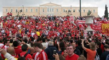 Futbolla karnavala dönüşen şehir: LİVERPOOL