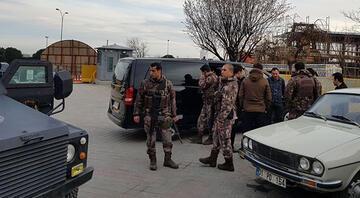 Son dakika: UBER aracına silahlı saldırı