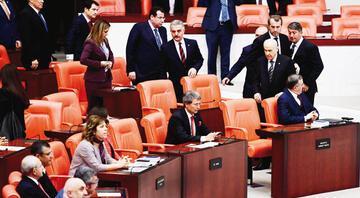 MHP ve İYİ Parti'nin yer kavgası