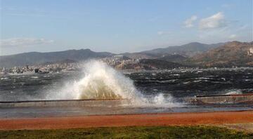 İki gündür yoğun teyakkuz halindeyiz. Fırtınanın İzmirde en yoğun olacak kısmı Çeşme yarımadası
