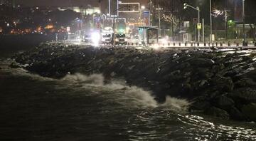 İstanbulda fırtına ve şiddetli yağış