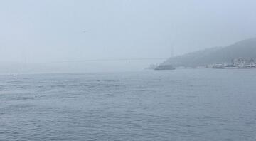 Boğaz'da sis etkili oluyor