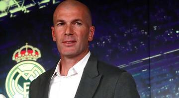 Zinedine Zidane ilk transferini yaptı Bombalar sırada...