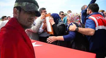 Şehit Sözleşmeli Onbaşı Mehmet Erdoğan Adanada toprağa verildi