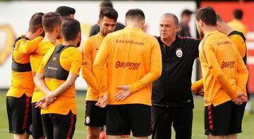 Galatasarayda durmak yok