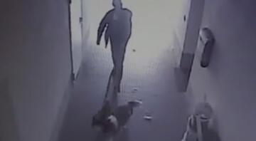 İki köpekle geldi, içeride kadınlar ve çocuklar vardı: Camiyi yakıp kaçtı
