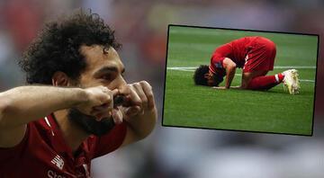 Salah tarihe geçti Bunu da yaptı...
