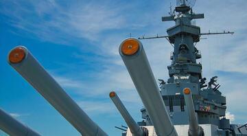 Beyaz Saray ile Pentagon arasında savaş gemisi krizi