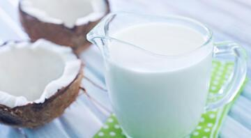 Hindistan cevizi sütü nasıl yapılır Hindistan cevizi sütünün tarifi ve püf noktaları