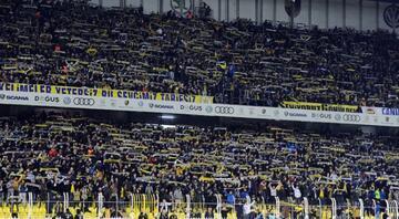 Fenerbahçede kombinelere yoğun ilgi Şimdiden 25 bine yaklaştı...