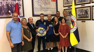 Fenerbahçe Üniversitesinden Ersun Yanala ziyaret