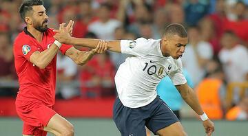 Fransada Türkiye maçı öncesi çifte şok Mbappe...