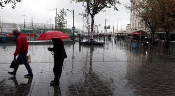 İstanbullular dikkat Meteoroloji saat vererek uyardı