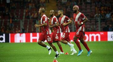 Galatasarayda Galatasarayda sarı alarm Beşiktaş maçı öncesi 3 isim sınırda...