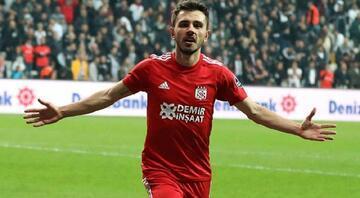 Beşiktaş Emre Kılınç transferini bitiriyor