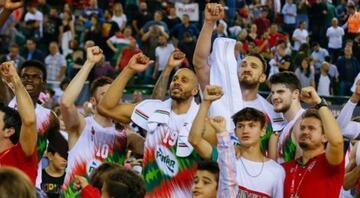 Pınar Karşıyaka son saniye basketiyle kazandı