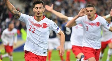 Gelen para Kaan Ayhana Galatasaray...