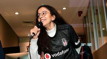 Beşiktaşın gol anonsu engellere takılmayan Buketten