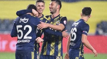 Fenerbahçe, İstanbulsporu 4 golle geçti