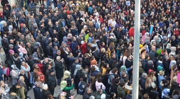 Binlerce kişi Ceren için toplandı