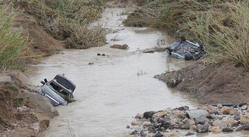 Adana 4 gündür felaketi yaşıyor Sular çekilince ortaya çıktı
